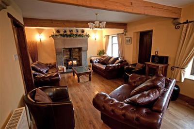 Merman Farm Holiday  Holiday Cottage in the Derbyshire Peak District